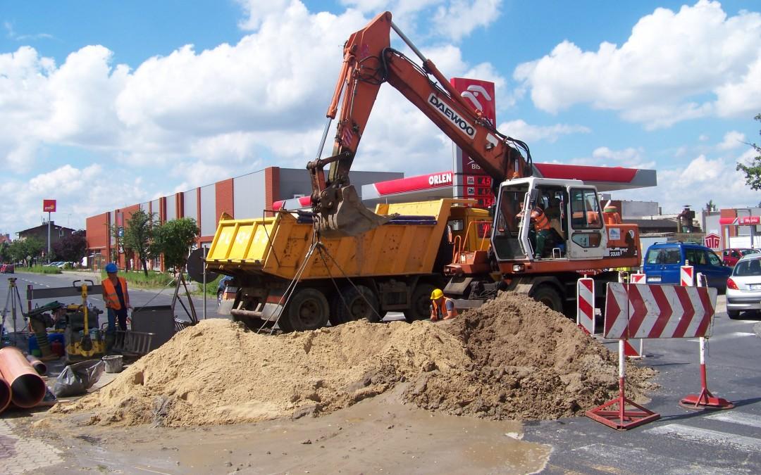 Naprawiają kanalizację na zatorzu
