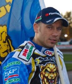 twitter.com/NickiP_Racing