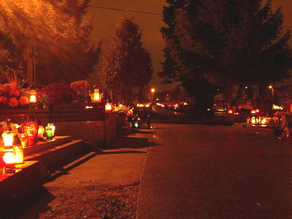 cmentarz-noca-jpg_31_10_2011