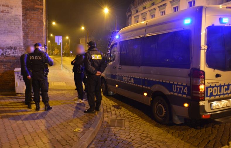 policja-pod-dyskotekami