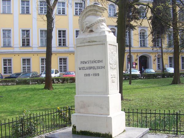 pomnik-powstancow-wielkopolskich