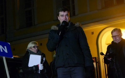 Grzegorz Rusiecki na manifestacji Wolność, Równość, Demokracja! (wideo)